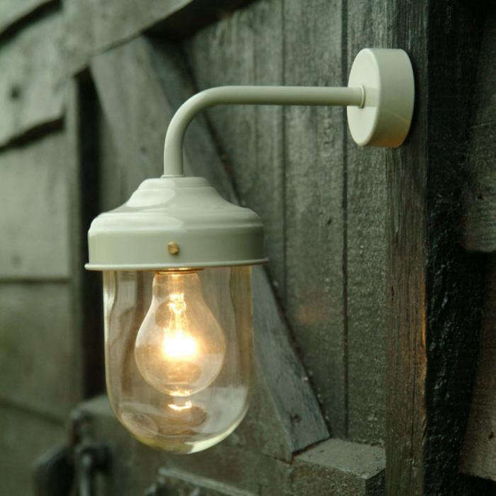10 Easy Pieces Barnhouse Style Outdoor Lighting Remodelista
