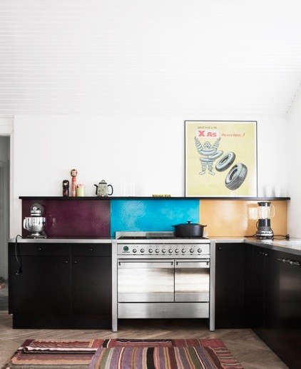 made-a-mano-kitchen-color-bloc