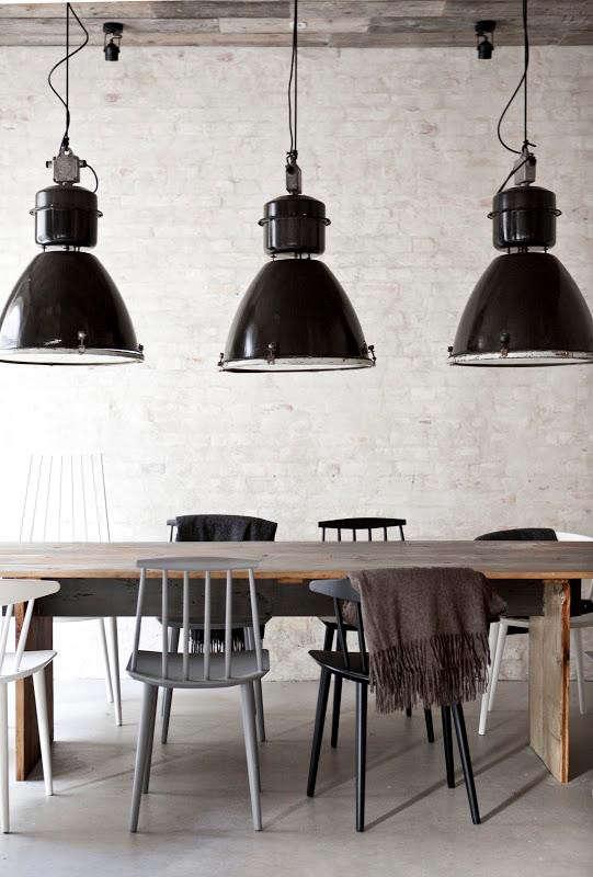 restaurant-host-light-trio