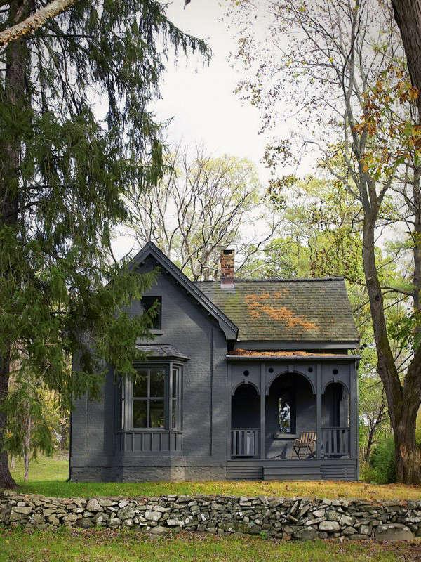 tsao-mckown-black-exterior