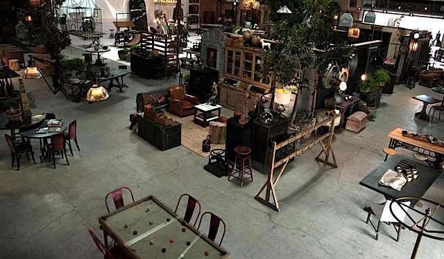 rm-bda-warehouse558-lores