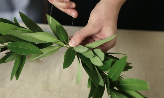 700_700-1diy-wreath-tying-on-laurel-jpg
