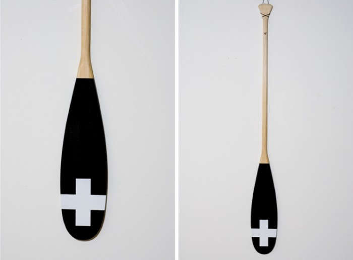700_black-cross-paddle