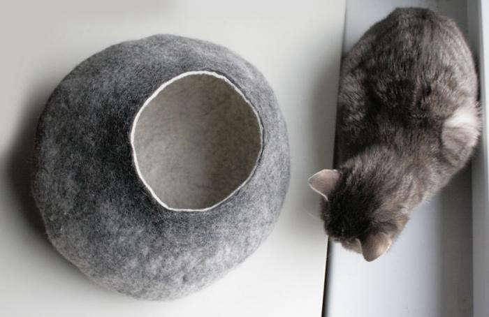 700_cat-bed-light-grey