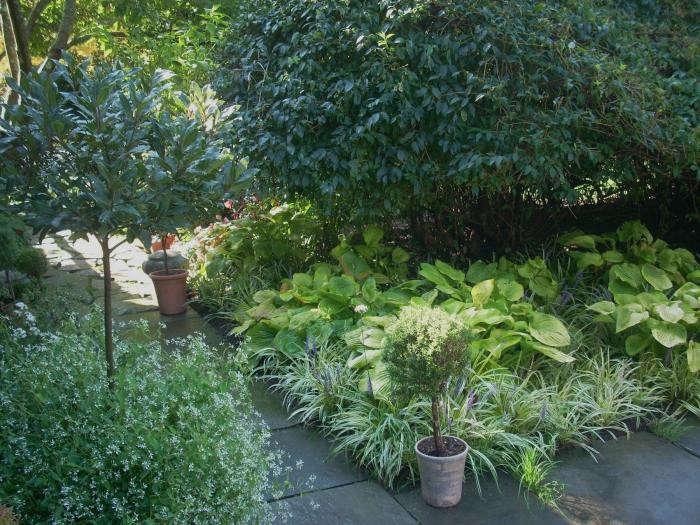 700_leva-garden-pots