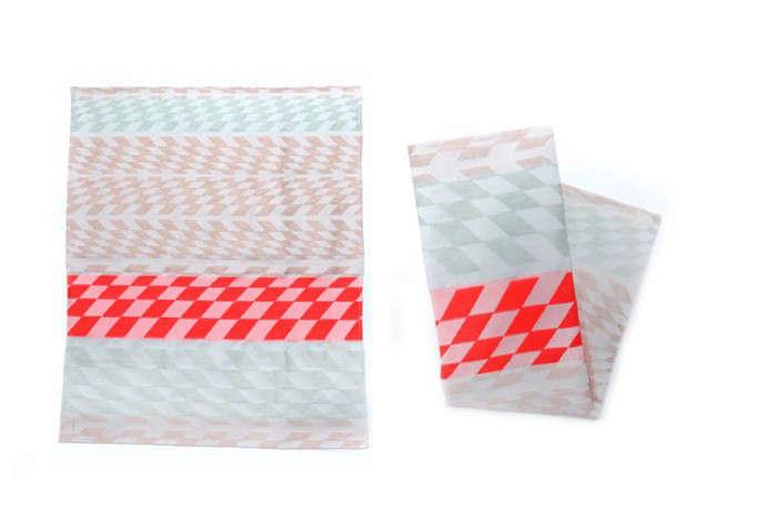 700_wwow-tea-towels