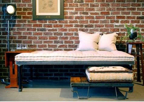 american%20furnishings%20daybed
