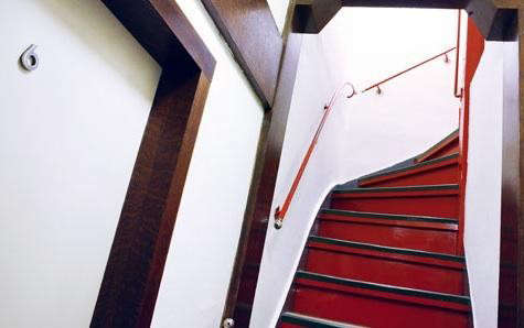 loos%20house%20red%20stair