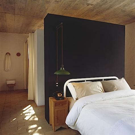 maison%20couturier%20bedroom%20with%20black%20wall