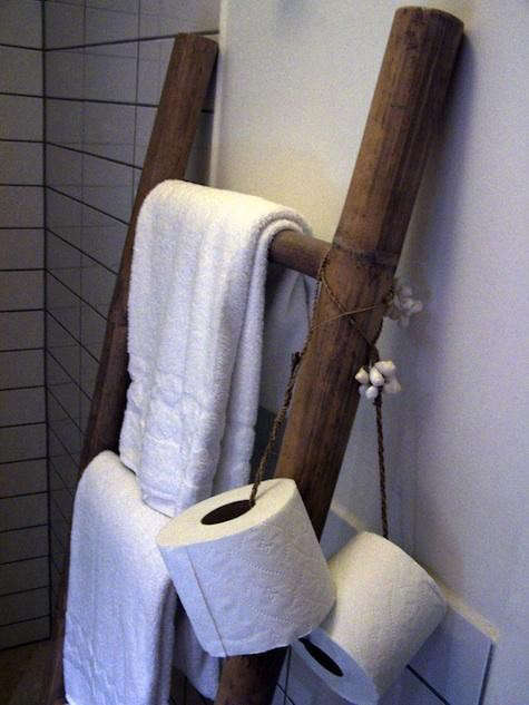toilet%20paper%20holder%20on%20string
