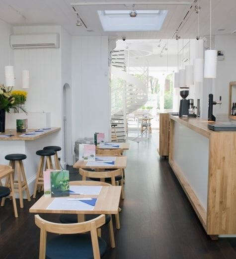 Oki-Nami%20Restaurant%20Interior%202