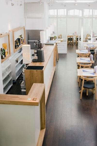 Oki-Nami%20restaurant%20Interior