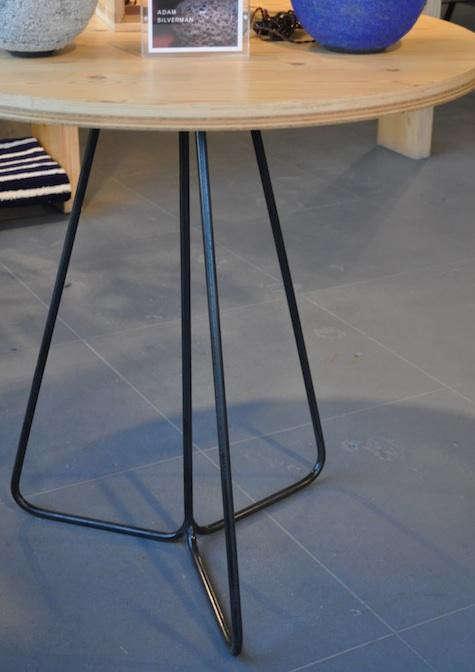 heath-commune-table