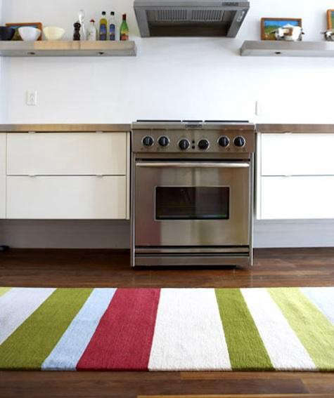 oliver-rugs-in-kitchen
