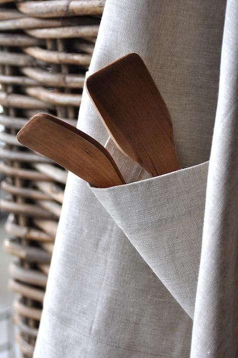march-linen-flax-apron-detail