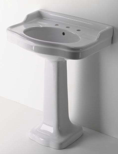 10 Easy Pieces: Traditional Pedestal Sinks: Remodelista