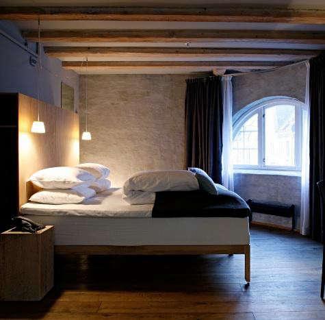 Hotel-brosundet-room-one