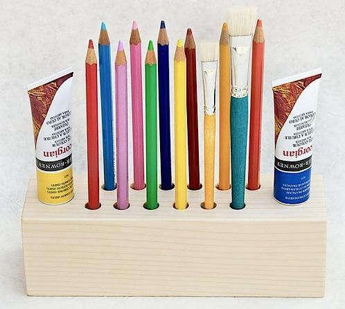 big-pen-holder-lessandmore
