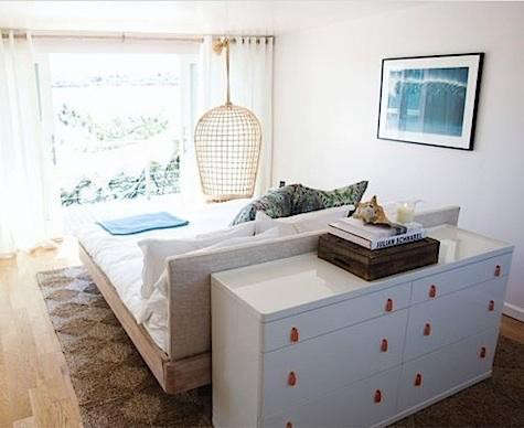 surf%20lodge%20bedroom%20with%20dresser