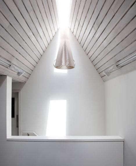 osteria-emilia-ceiling