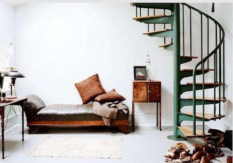 spiral-stair-ditte-isinger
