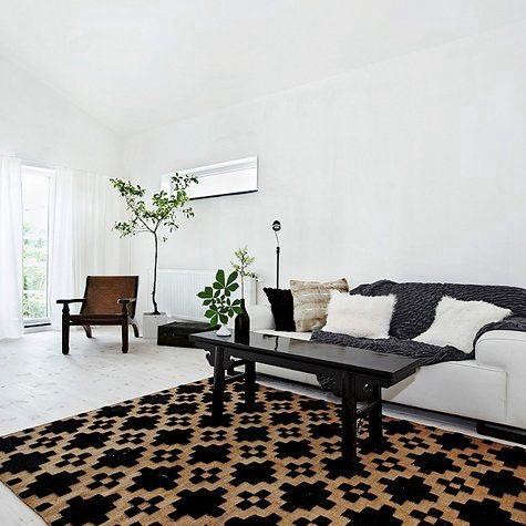 design-sponge-black-white-rug