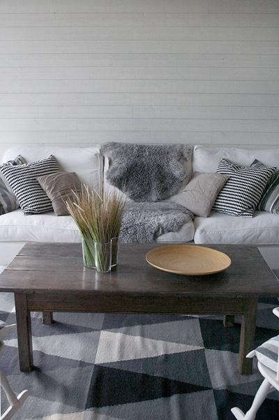 gray-black-white-rug-skona-hem