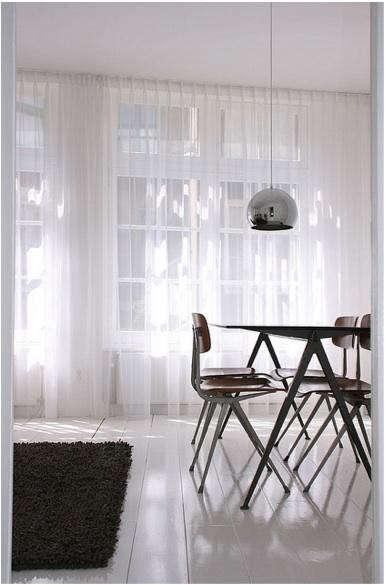 white-floors-flickr