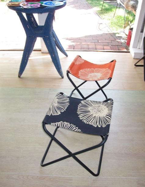 atlantic-stools-blue-orange
