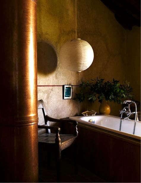 italy-bath-lantern