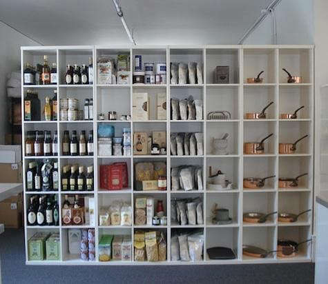 le-sanctuaire-shelves