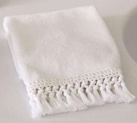 pottery-barn-fringed-towel-2