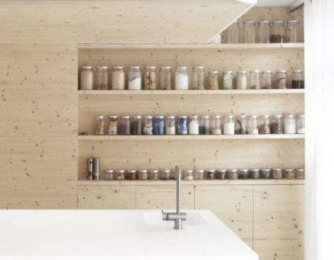 i29-kitchen-with-jars