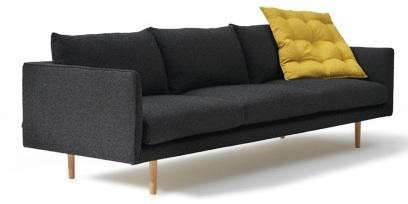 jardan-couch-with-yellow-pillows