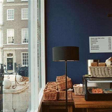 nordic-bakery-blue-wall