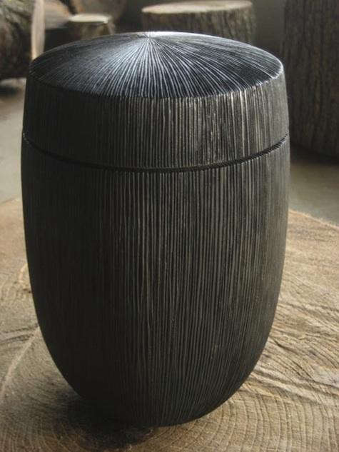 vogel-black-stool
