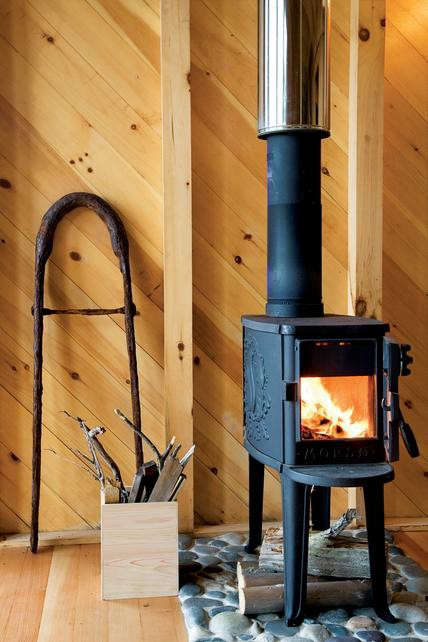 alex-scott-porter-wood-stove