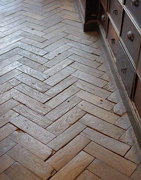 astier-herringbone-floor
