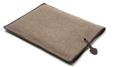 viamarisnycloggers-cushion
