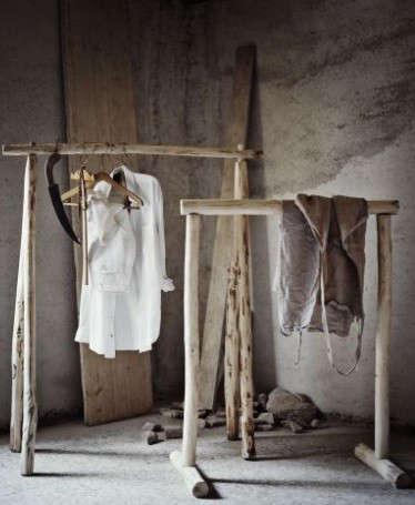 wooden-dress-racks