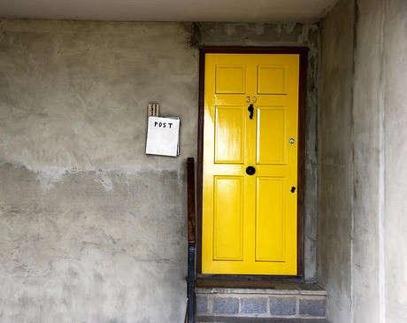 yellow-shiny-door-flickr