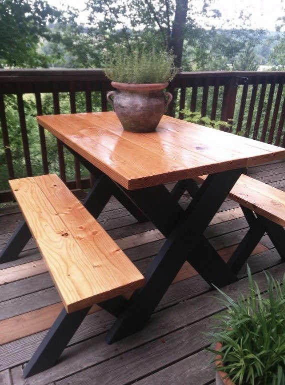 Classic Picnic Table W Black Legs Remodelista