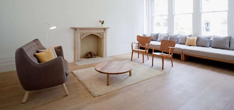 sevil-peach-sitting-room-remodelista