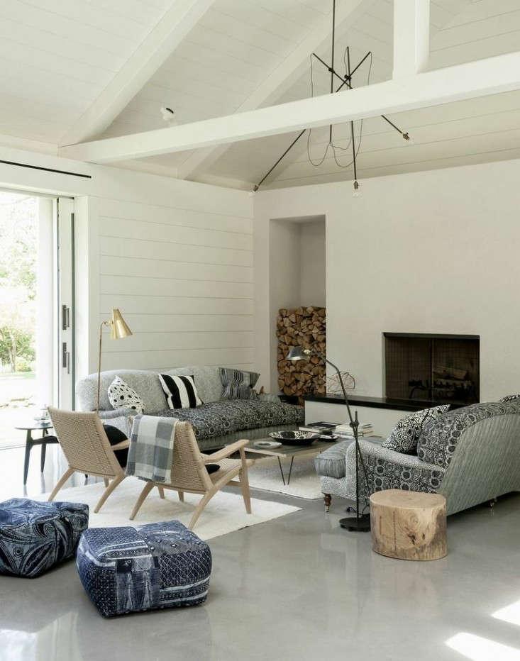 tiinas-living-room-concrete-floors-remodelista