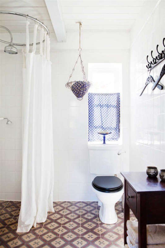 vintage-scandinavian-house-bathroom-remodelista