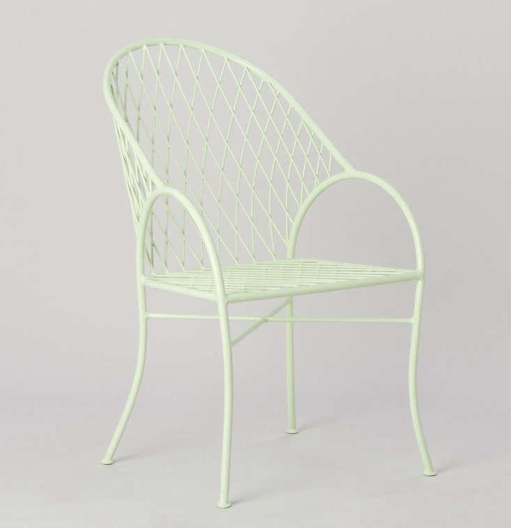 Jardiniere-Garden-Chair-Terrain-Gardenista