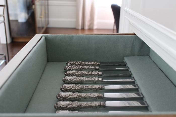 ]diy-silverware-drawer-knife-drawer-gardenista