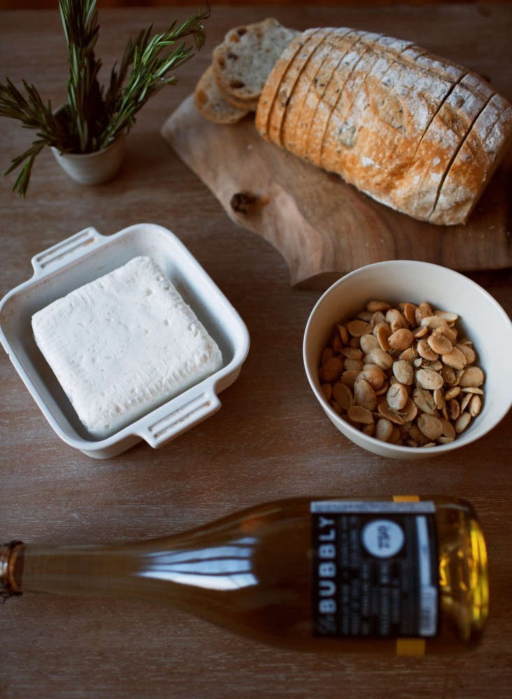 5-ingredients-1-olivia-rae-james-gardenista