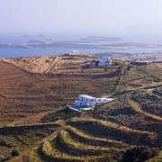 Antiparos-Clive-Nichols-photo-land