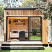Archiblox-Backyard-Room-Gardenista-4